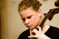 """http://www.Brikcius.com - DUO BRIKCIUS, Anna Brikciusová: česká violoncellistka - zahajovací koncert """"Duo Brikcius - 2 Cellos Tour"""" (Praha, Dům u Kamenného zvonu, GHMP, 2008)"""