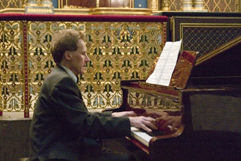 "http://www.Brikcius.com - Frantisek Brikcius: Czech Cellist, Tomas Visek: Pianist - Concert ""Weinberger Tour"" (Prague, Spanish synagogue - Jewish museum, 2007)"